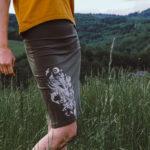 Sukně khaki s potiskem